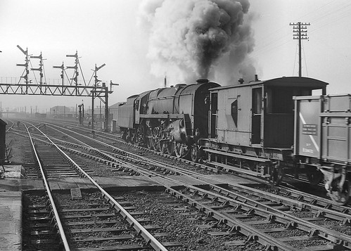 Class 9F no.92079. Bromsgrove. 2 March 1963