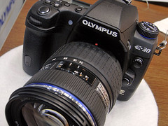 OLYMPUS E-30 front