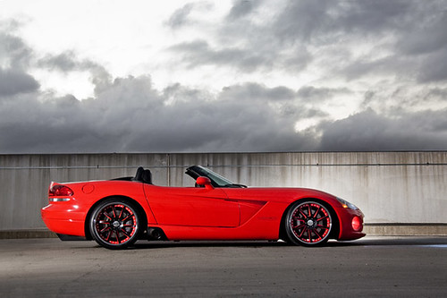 Dodge Viper on Vossen VF-051 wheels