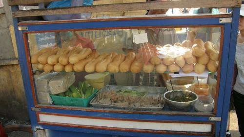 61.帶有柬埔寨風格的法式三明治
