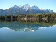 Lake Herbert (Traci L.A.) Tags: canada mountains 2006 banff lakelouise canadianrockies