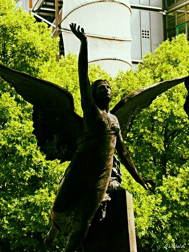 70 Jabamiah  Lucifer Angel Alchemy Genius i.Bartholdi itself carried the sculpture of the winged female genius  Accompanying the dying. Just 25 minuted the enlightenment in the day. And shadowed other hours of the day.