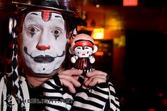 Boenobo and chibi-Boe on Gooferman Day, 2008 (mr. nightshade) Tags: sanfrancisco livemusic ridiculousness officially clownband klowns anniessocialclub gooferman goofermanday thatspecialbreedofnonsense