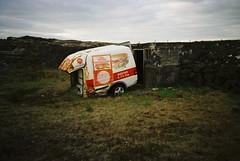 Brauð (ljosberinn) Tags: old car iceland lomo ghosts sendiferðabíll holtakjúklingur