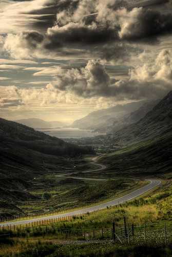 Road to the coast / Thomas Bucher