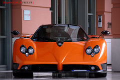 Orange Pagani Zonda F (Julien Rubicondo Photography - julienrubicondo.com) Tags: auto orange black museum nikon italia d wheels s automotive f 200 d200 modena supercar coches zonda supercars automobili pagani horacio modene