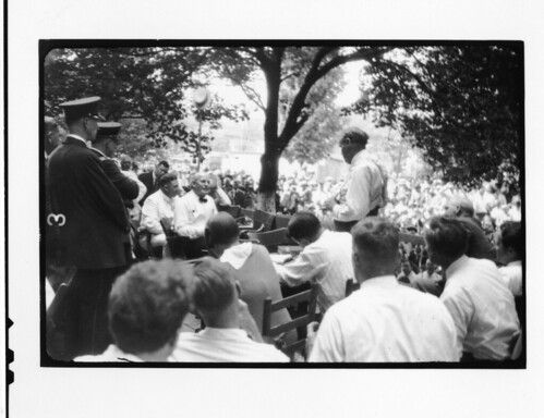 Tennessee v. John T. Scopes Trial: Outdoor proceedings on July 20, 1925, showing William Jennings Bryan and Clarence Darrow, by Watson Davis, Black and white photographic print, Smithsonian Institution Archives,  Record Unit 7091: Science Service, Records, 1902-1965, Accession number: SIA2007-0124.