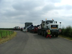 HEAVY HAULAGE & ABNORMAL LOAD ESCORTING (mallyhayne) Tags: transport trucks heavy haulage convoi escorting exceptionel