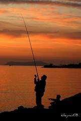 umut oltann ucunda....hope is end of fishing line. (^TILSIM^) Tags: turkey trkiye istanbul balik olta turki kartal