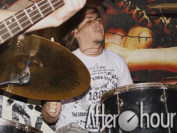 Terroristas de Butique - Abertura do show de Wander Wildner - Espaaço Cultural 92° - Curitiba - PR (06/11/08)