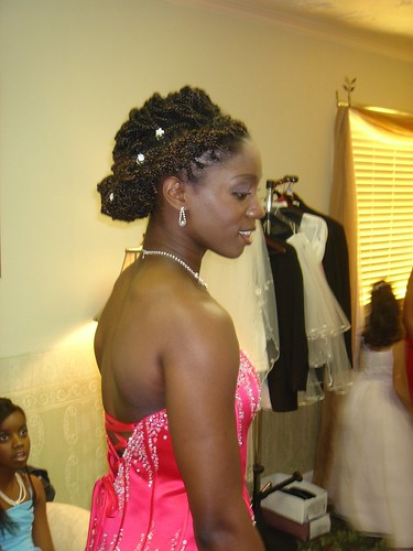 picture of Black women wedding hairstyles
