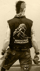 making punk a threat again (seven_resist) Tags: alarm diy punk punkrock anarchy bremen punx anarchist antifa anarcho homomilitia