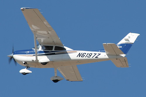 N6197Z - Cessna C182T Skylane (Superior Flight School)