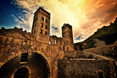 Sant Pere de Rodes (Jose Luis Mieza Photography) Tags: espaa church spain iglesia catalonia girona monastery catalunya romanesque monasterio catalua romanic romanico portdelaselva monestir esglesia altempord benquerencia santperederodes reinante jlmieza thesuperbmasterpiece reinanteelpintordefuego joseluismieza