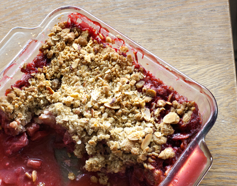 Strawberry Rhubarb Crisp | 17 and Baking