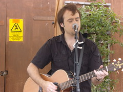 Matt Tyler Cox's Yard 2009. (matttylermusic) Tags: uk england music records rock yard matt birmingham folk live performing courtyard tyler singer lloyd acoustic dannyboy avon 2009 warwickshire coxs stratford upon songwriter