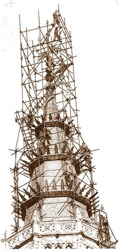 Restauración d ela torre de la Catedral a principios del siglo XX