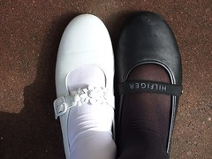 Black and white side by side (Anniko 1996) Tags: march shoes 2008 schuhe schwarz mrz klara hilfiger kommunion weis anniko merchweiler llovemypics