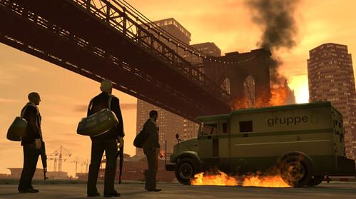 Un furgón ardiendo en lo que parece el final de una misión en GTA IV