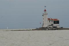 't paard van Marken (iorus and bela) Tags: lighthouse marie bela vuurtoren marken ijsselmeer volendam zeilboot varen iorus paardvanmarken