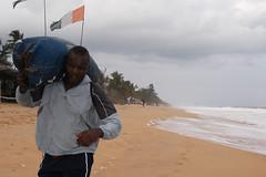 Augustin N'gou, Champion d'Afrique, lourd [ABC], Grand Bassam, Cte d'Ivoire, 7.07.'08 (1956) (Fdration Ivoirienne de Boxe) Tags: africa sport fight cab boxer afrika abc boxing fib boxe westafrika ctedivoire afrique ivorycoast abidjan boxen kampf championnat boxkampf fightsport boxring grandbassam boxeur elfenbeinkste sportfotografie afrikameisterschaft profiboxer boxtraining sportphotographer koumassi afriquedouest fdrationivoiriennedeboxe boxmeisterschaft africansports sportjournalismus stefanmeisel afrikameister augustinngou sportjournaliste africaineboxingconfdration confdrationafricainedeboxe