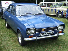 Ford Escort MK1 (classic vehicles) Tags: door old blue ford car saloon escort mk1 mk1fordescort fordescortmk1 clasicfour