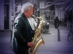 Street music 2 (aistora) Tags: street city musician music holland history netherlands dutch amsterdam rock golden shiny glow albert band jazz blues oldman scene icon busy desaturated busker doctors toned sax legend vignette saxophone orton alberts appie appi jazzman fromvideo smallimage maistora ilobsterit