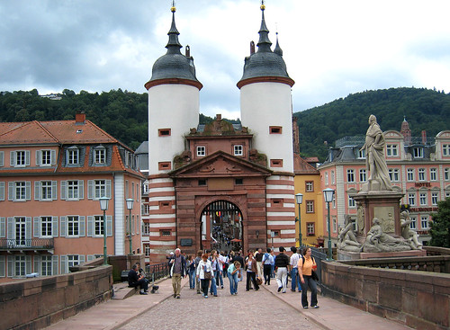 Heidelberg's medieval Bridge Gate por Rozanne_.