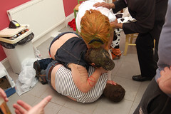Chick Fight! (Flxzr) Tags: people fancydressparty