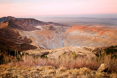 bingham canyon mine (Sam Scholes) Tags: digital utah mine copper kennecott openpit d300 binghamcanyonmine binghamcanyon kennecottutahcopper