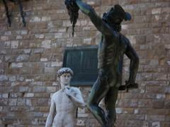 Il bianco e il nero - Black & white statues (Giuseppe Francavilla) Tags: florence firenze uffizi