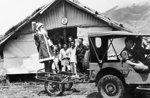 Christmas in the Ramu Valley, 1943