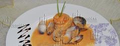 Rollitos de lenguado con salsa de crustaceos (miscomidasyotrascosas) Tags: pescado salsa mejillones almejas chirlas crustaceos lenguado rollitos