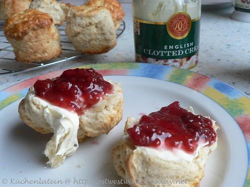 Original English Clotted Cream and Scones 002