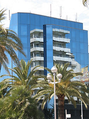 Building of Nizza (Gr75) Tags: city france building glass canon nice cotedazur build lungomare francia nizza citta urbane vetro palazzi edifici riflessione reflession