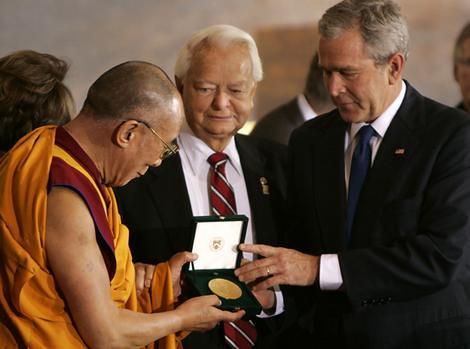 Dalai Lama Awarded U.S. Congressional Gold Medal