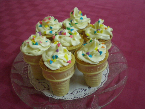 ice cream cone cupcakes inspired by
