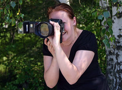 Beatrice (Steffe) Tags: portrait woman photographer bea sweden strangers streetportrait stranger haninge beatrice 44 handen porträtt streetportraiture 100strangers gatuporträtt the100strangersproject