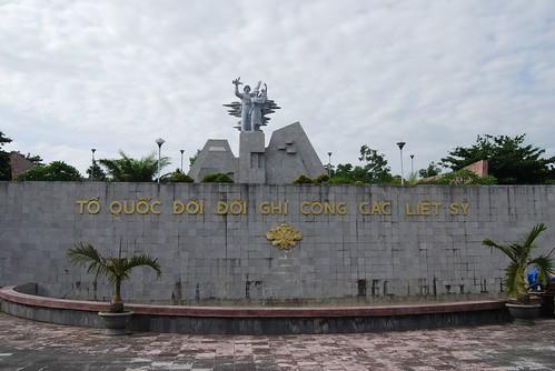 Tương đài - nghĩa trang đường 9