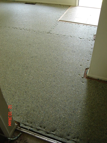 carpet-installation-in-progress 2 002