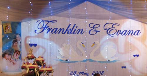 wedding stage decoration white and silver background
