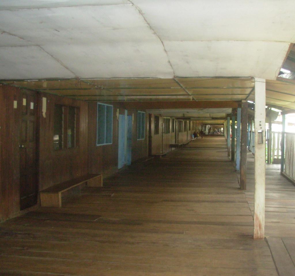 Sarawak-Belaga-LHouses (200)