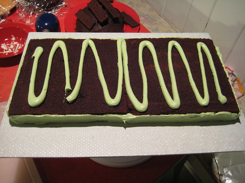 snake cake, making of the