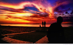 Por do Sol no Cais do Porto (Omar Junior) Tags: blue sunset red orange color sol colors yellow azul cores geotagged do purple pentax d colorfull no laranja magenta portoalegre vermelho amarelo porto junior omar ist por pentaxistd roxo magico cais silhueta caisdoporto geo:lat=30027498 geo:lon=51232274