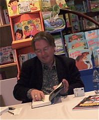 Bruce Sterling at Barbara's Bookstore in Oak Park