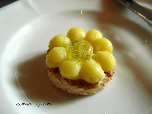 西華飯店Harrod's午茶之檸檬奶油蛋白餅