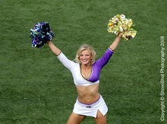 RAVENS CHEERLEADERS (nflravens) Tags: football cheerleaders nfl baltimore hunter americanfootball nflfootball baltimoremd baltimoremaryland baltimoreravens profootball ravensfootball nflravens shoreshotphotography baltimoreravenscheerleaders baltimorefootball baltimorecheerleaders ravenschheerleaders
