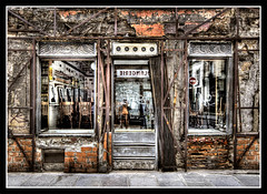 bar-restaurant... :-) (*bratan*) Tags: door windows paris france reflection building texture bar facade nikon chairs decay ruine porte hdr immeuble entre fentres photomatix