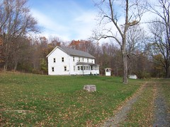 Abandoned Farm (rchrdcnnnghm) Tags: house abandoned farmhouse ulstercountyny tillsonlake rustonvilleny oncewashome