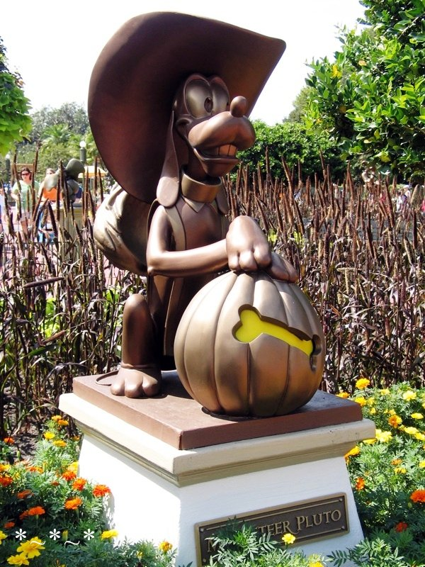 IMG_6779-Disney-Pluto-Halloween